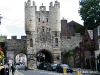 Pohled na Micklegate Bar v York ze Station Road
